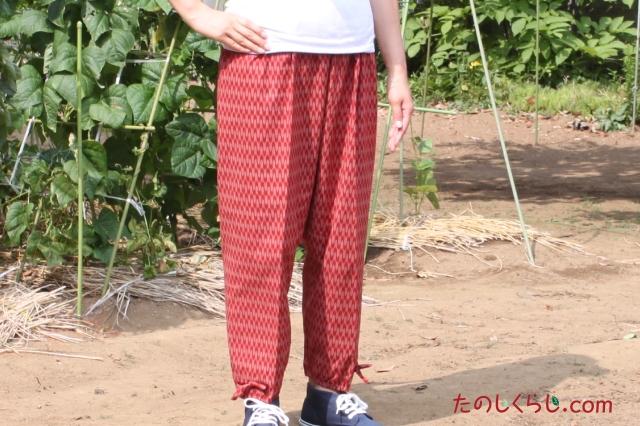 和柄プリントもんぺ風イージーパンツ(矢かすり) 女性用 日本製 前